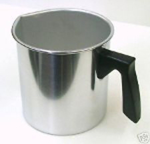 Small melting and pouring pot for wax